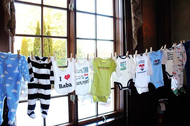 baby oblečení