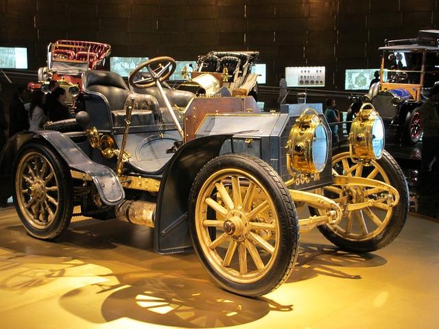 automobilový veterán v muzeu