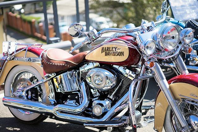Harley v netradiční barvě