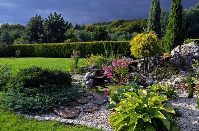 skalka na zahradě