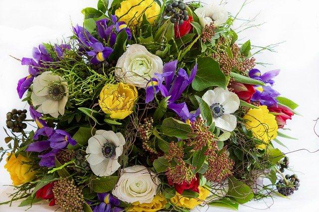směs květin